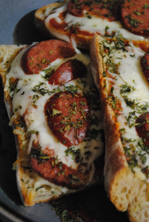 Halal Pepperoni Pizza Bread